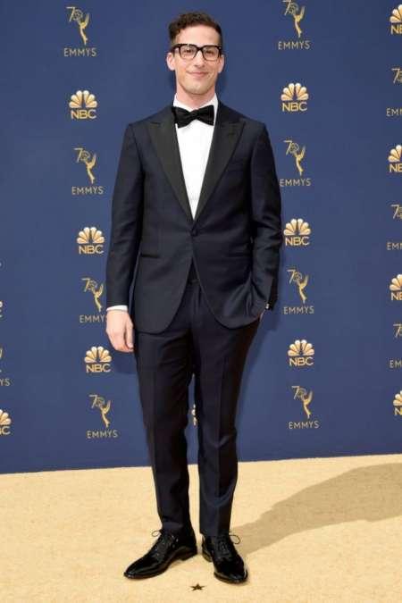 Andy Samberg, protagonista y productor.