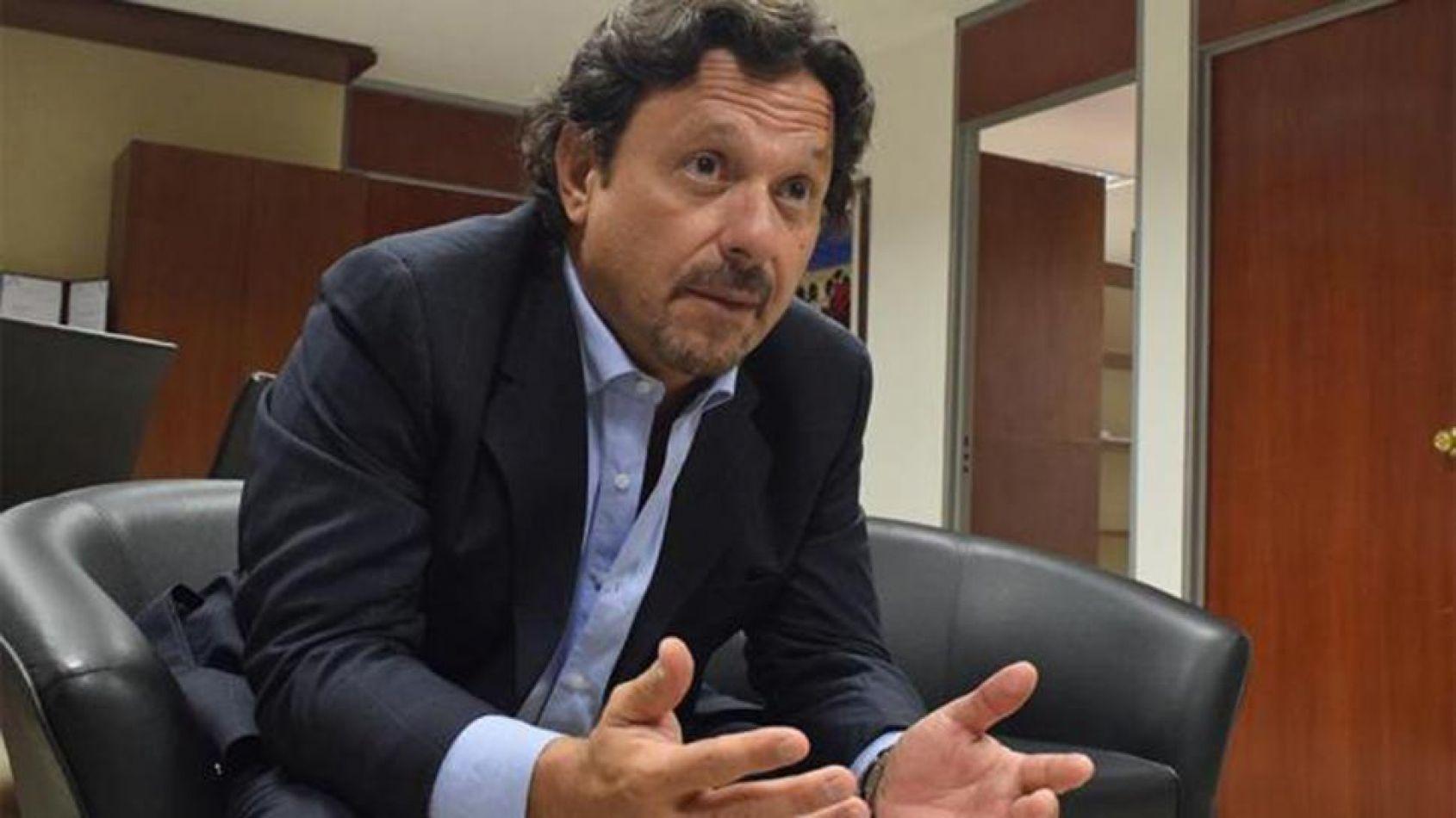 Internaron al intendente Gustavo Sáenz por una arritmia