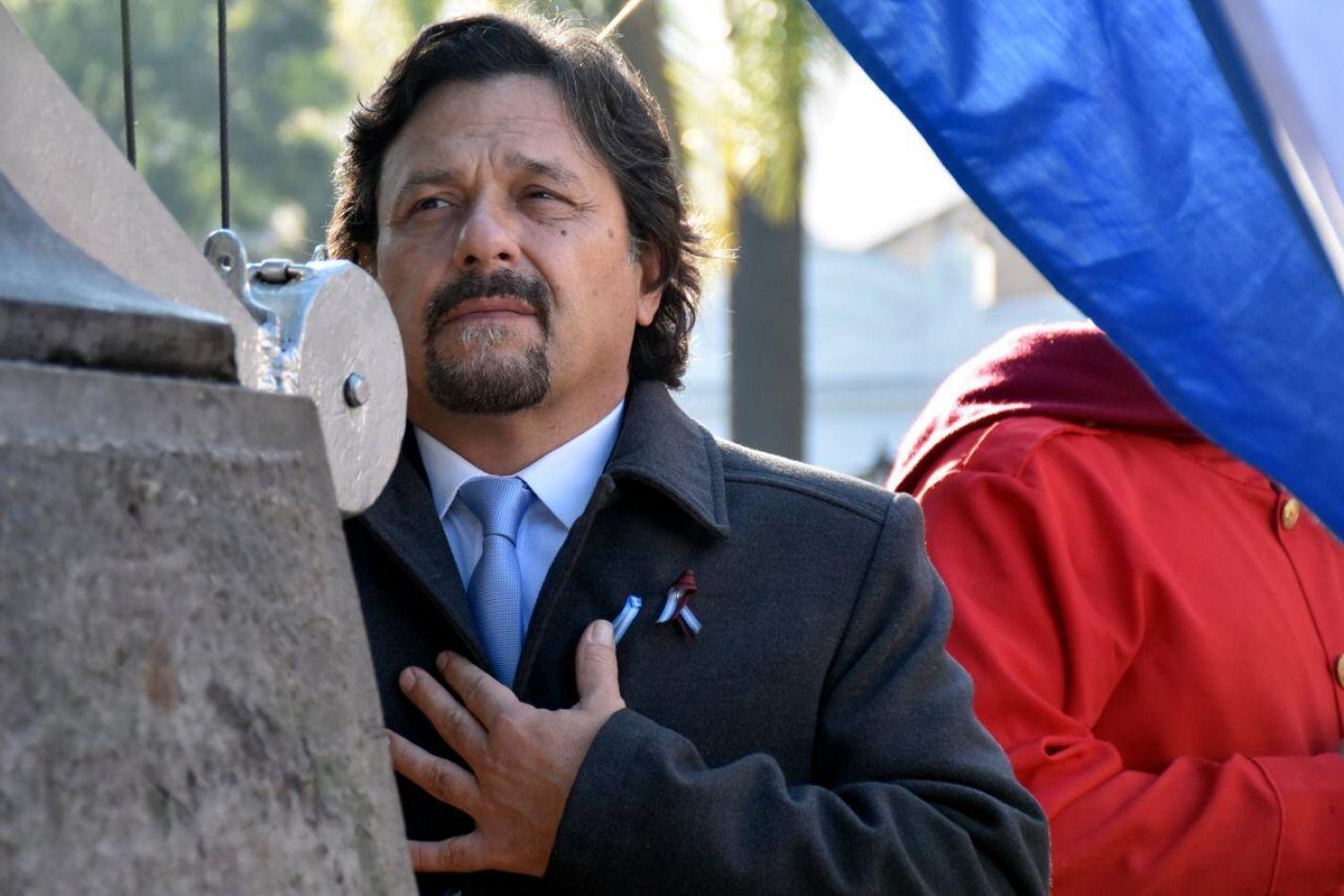 """Sáenz: """"A 203 años de nuestra Independencia construyamos juntos el sueño de un país más justo y solidario"""""""
