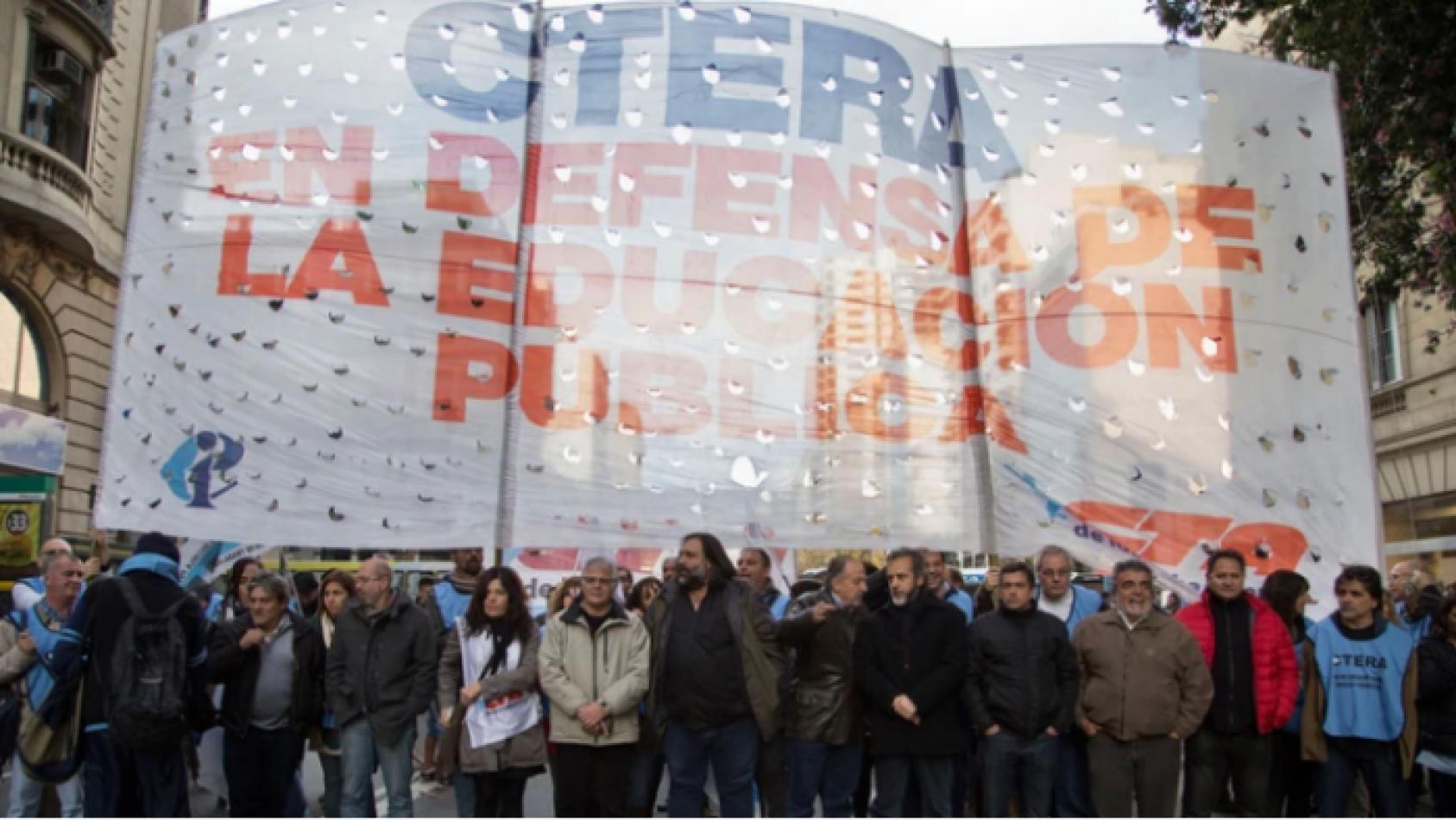 CTERA convocó a un paro de 24 horas en todo el país por el conflicto de Chubut