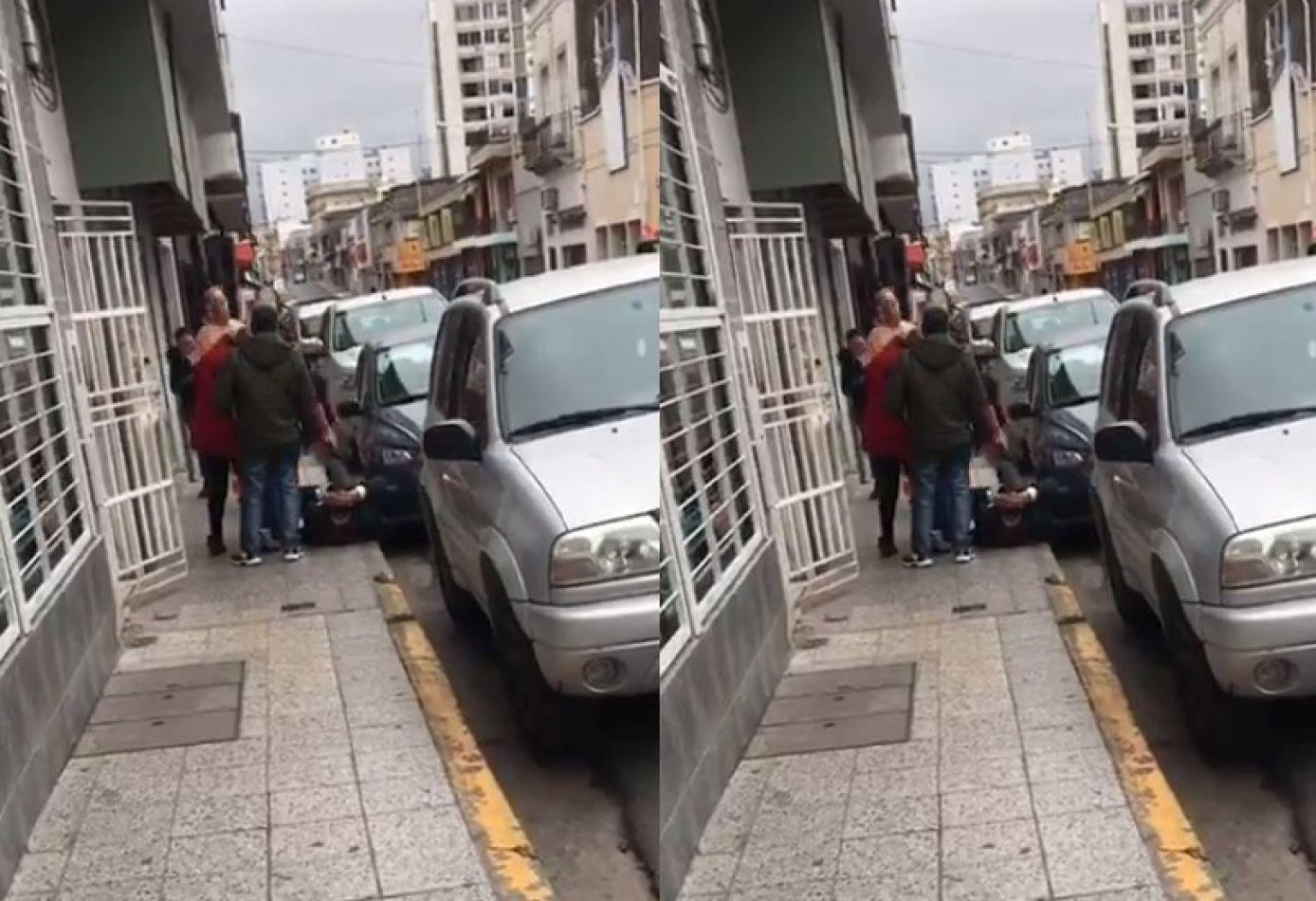 [HAY VIDEO] Atroz paliza a un intendente: lo patearon, le quebraron la cadera y está grave