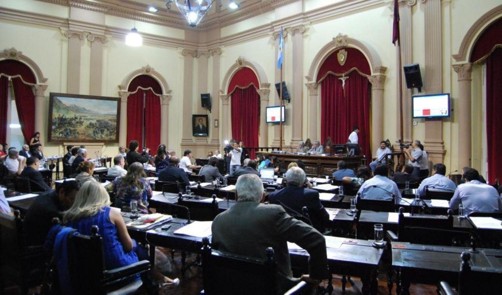 En Salta, ocho mujeres tienen posibilidades de llegar a la Legislatura