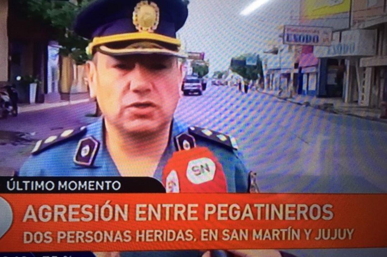 Batalla campal de pegatineros y tiros en pleno centro: cortaron Av. Jujuy y San Martín