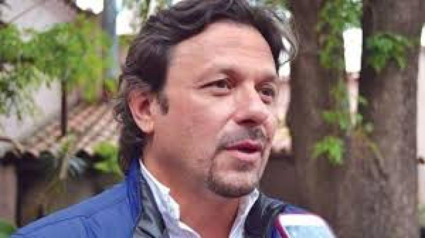 Clarín se hace eco de la pelea de intendentes: Sáenz firme candidato de Macri