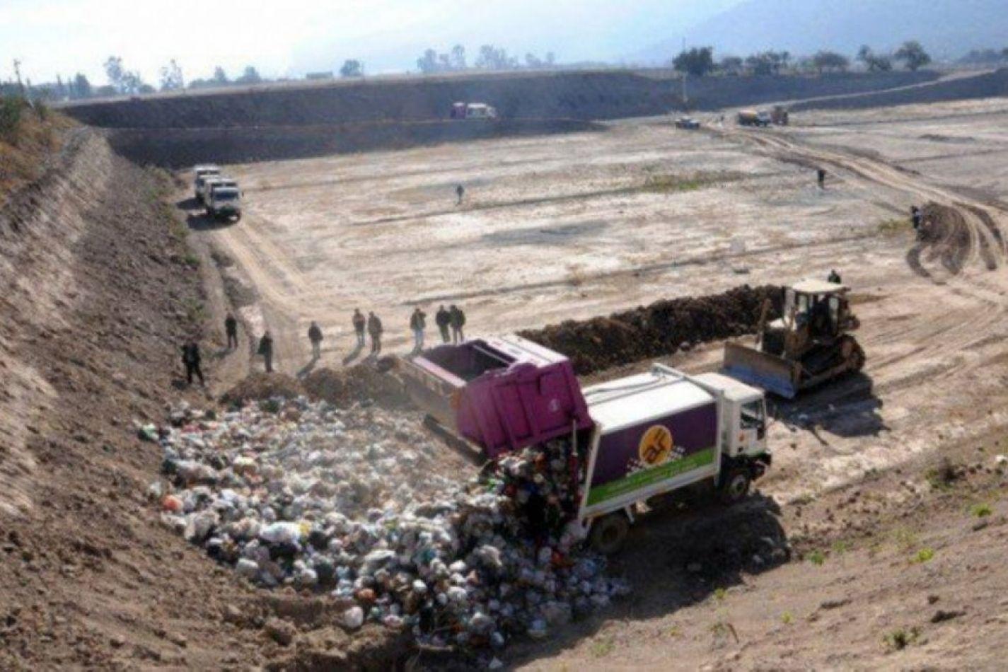 El contrato de la basura ya cuesta $3 millones por día