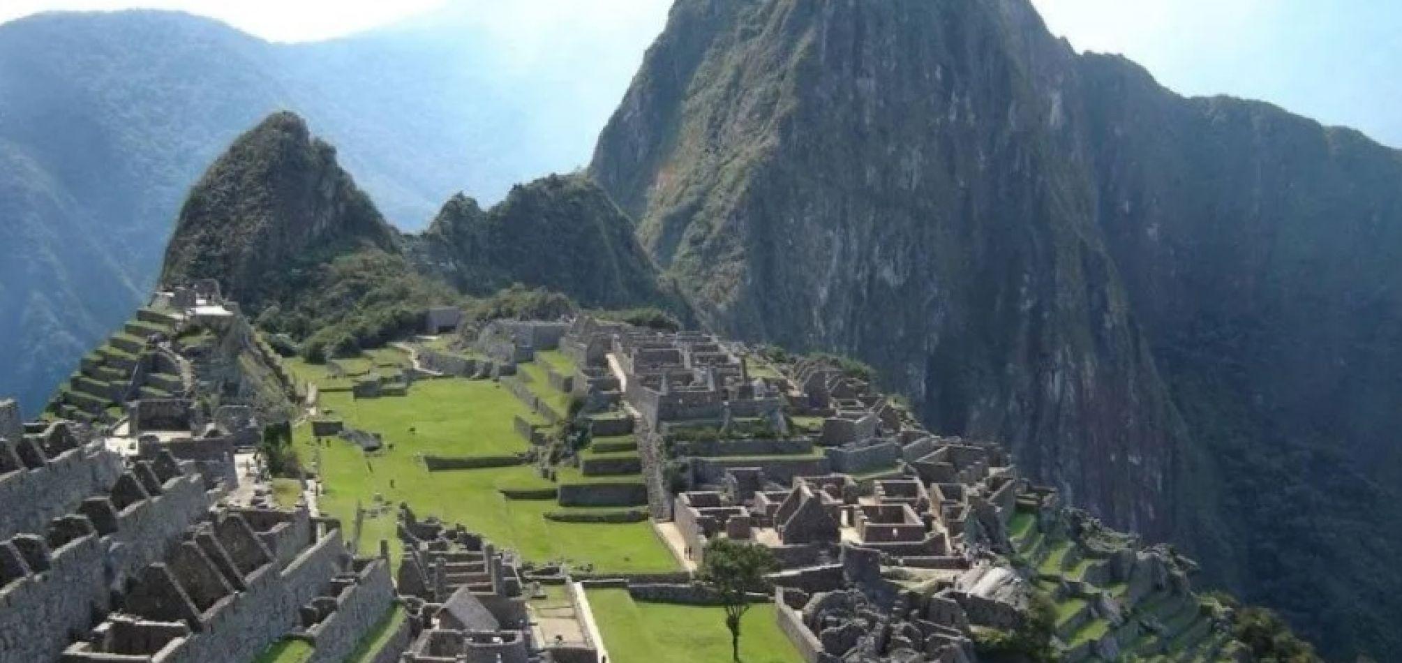 Detienen a turistas argentinos que provocaron destrozos y defecaron en Machu Picchu