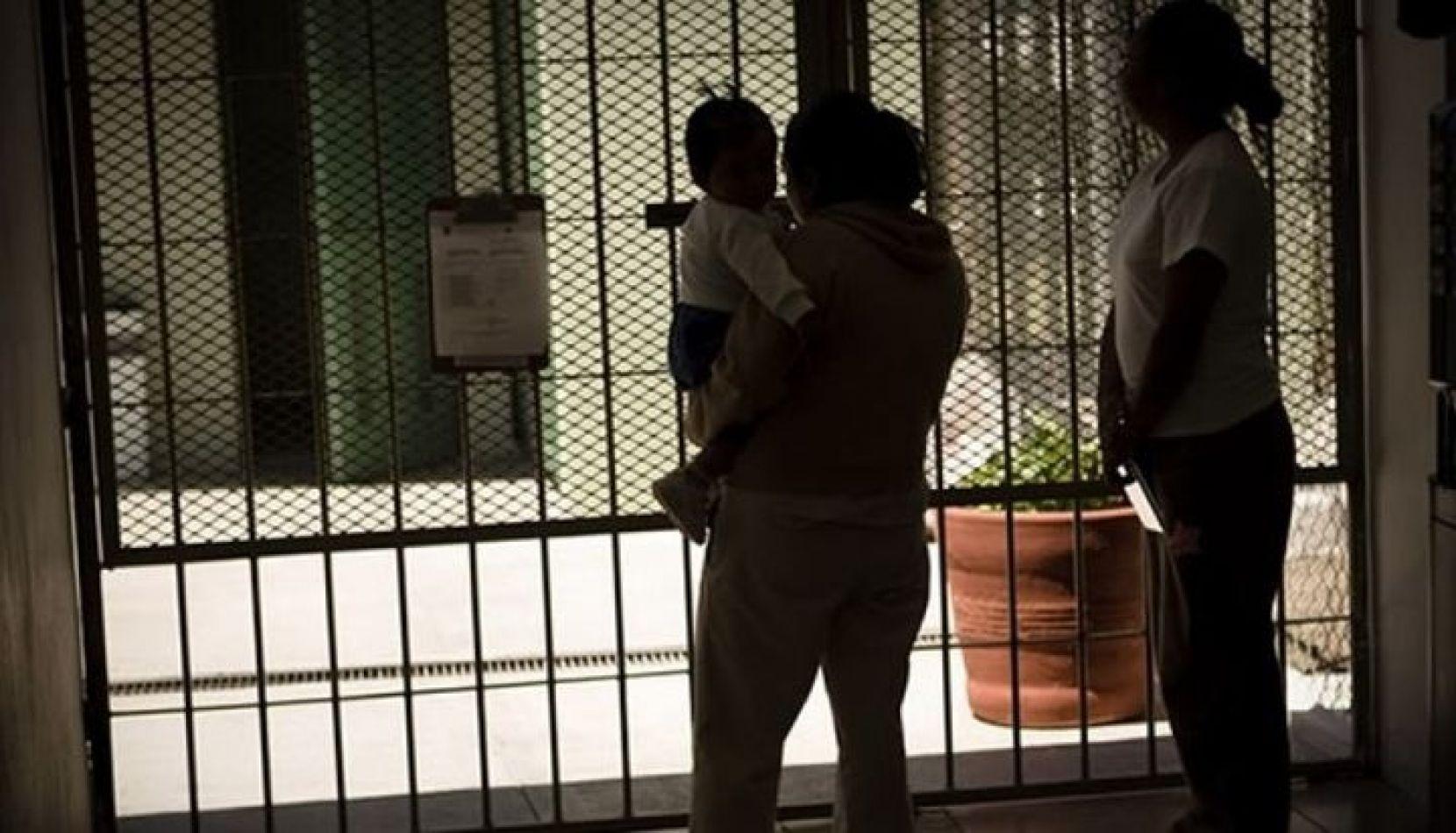 Fallo de la Corte Suprema: las mujeres presas deben recibir la asignación por hijo y por embarazo
