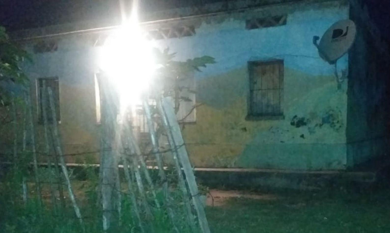 Papá salteño fue asesinado en la madrugada: su cuerpo quedó tirado en la puerta