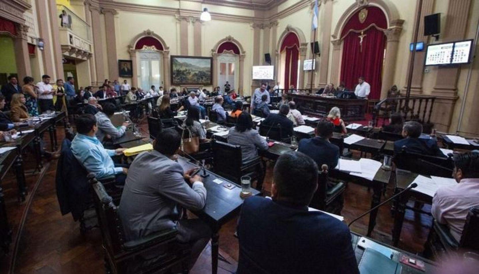 Video. Por la emergencia sociosanitaria, ministros presentaron informes en la Legislatura