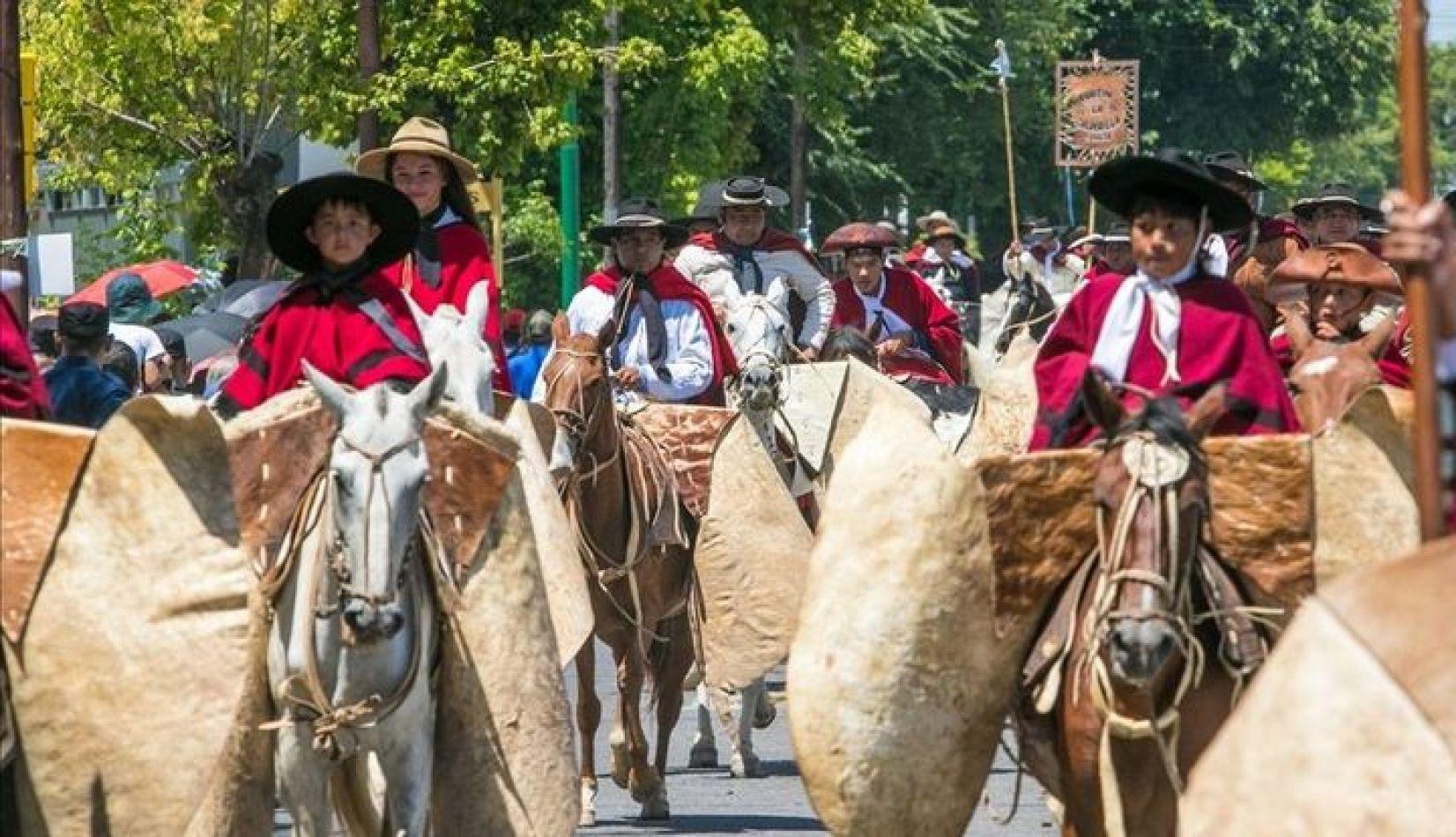 Fortines gauchos se sumarán al desfile y homenaje