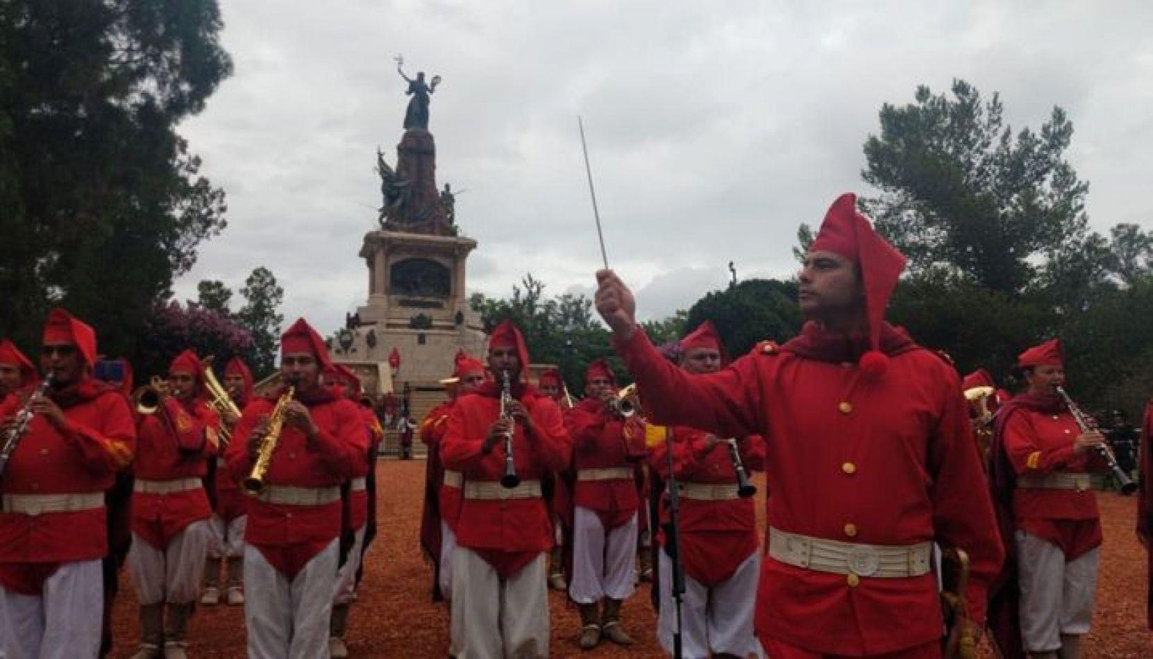VIDEO. Comenzaron los actos por el 207° aniversario de la Batalla de Salta