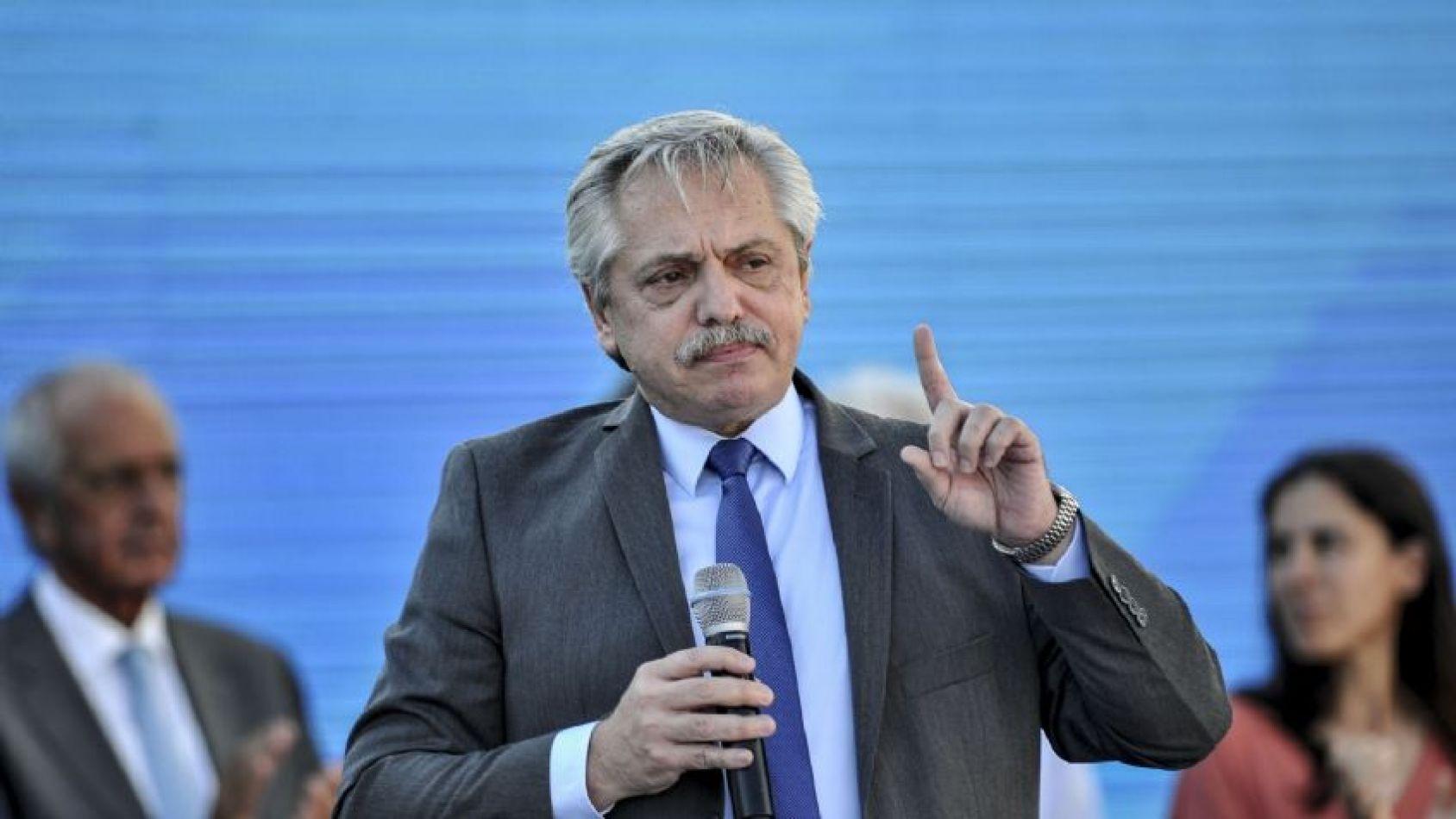 Alberto dijo que no habrá aumentos de tarifas, pidió prudencia a los sindicatos en las paritarias