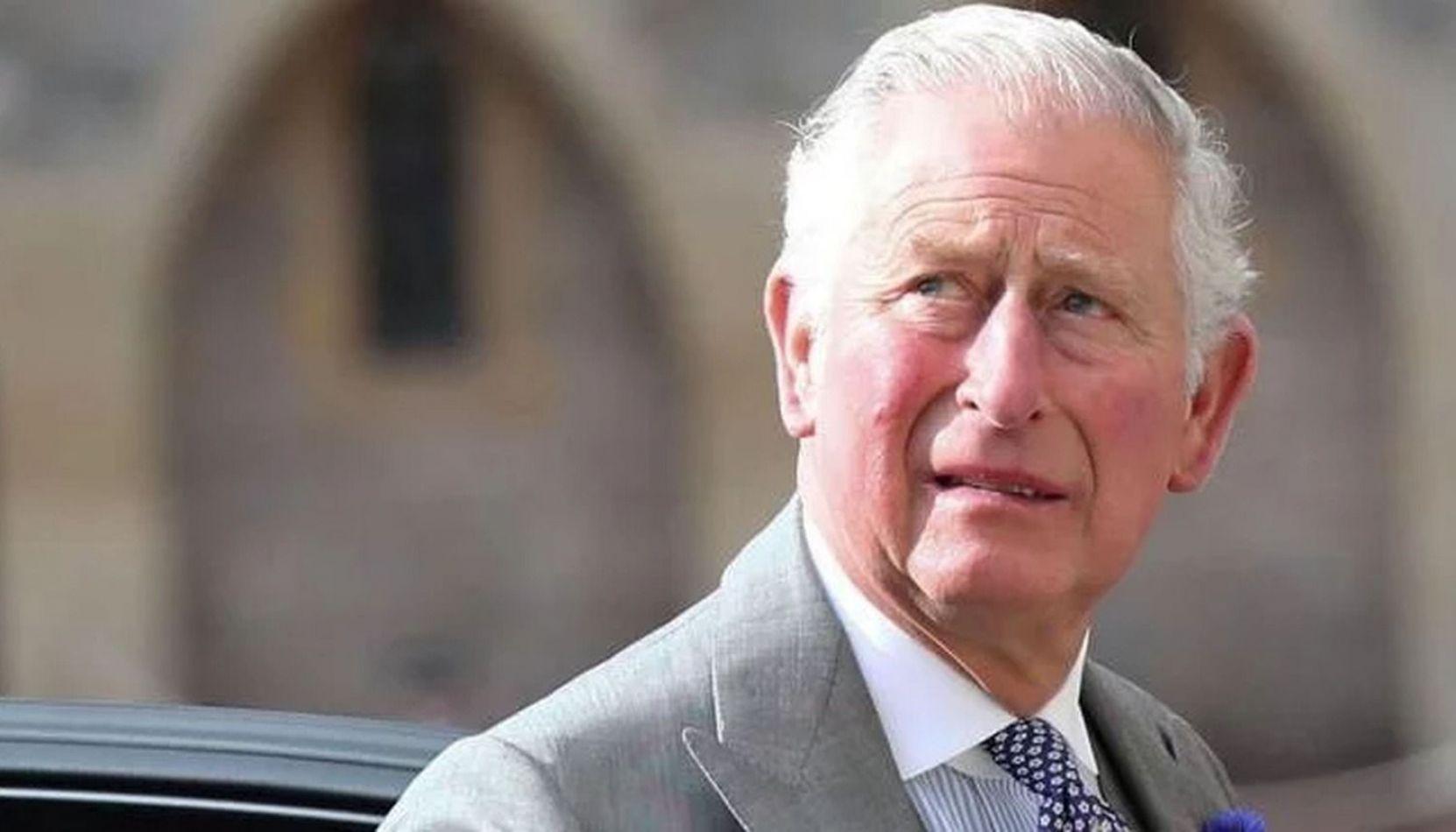 El príncipe Carlos, heredero a la corona inglesa, dio positivo el test y tiene coronavirus