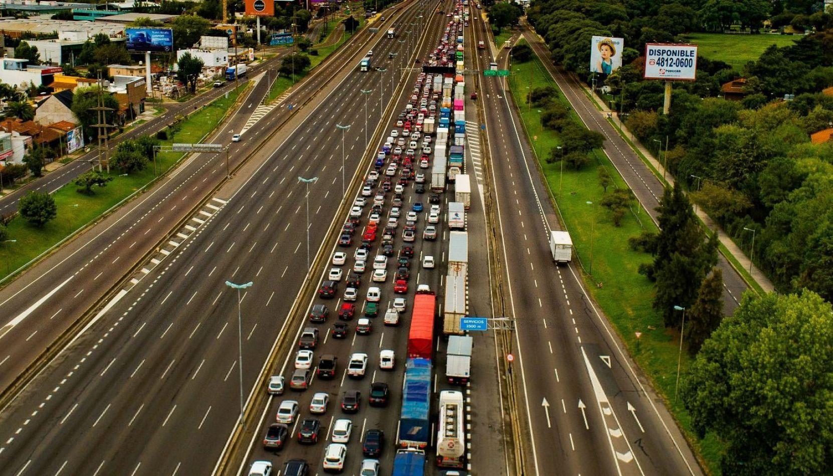 """Alberto F. a quienes no cumplen con la cuarentena: """"Los vamos a detener y sacar los autos"""""""