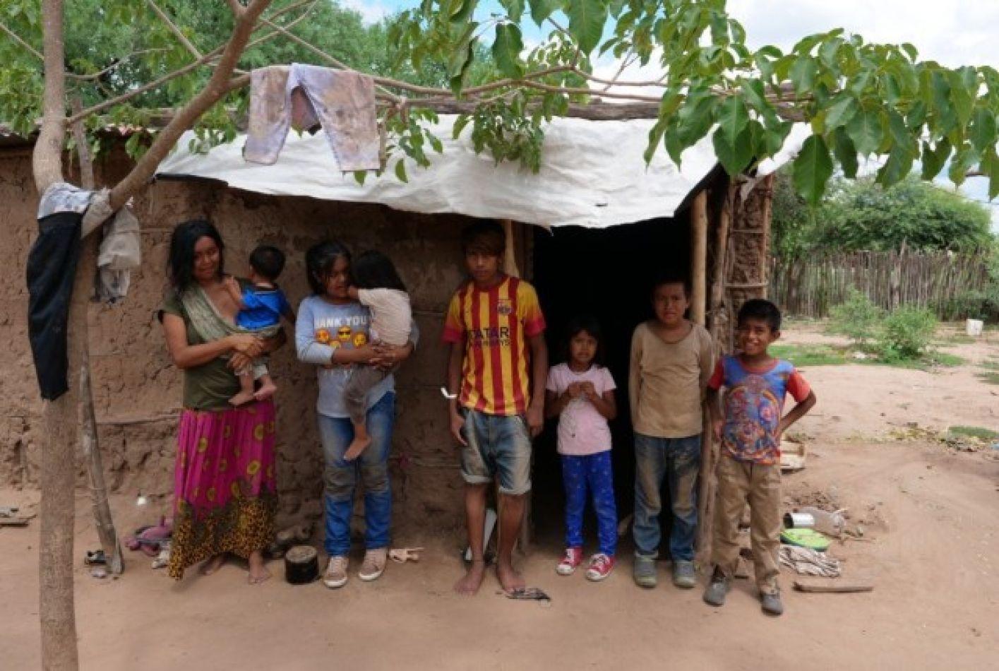 Wichis reclaman por su IFE: los enviaron a cobrar a 300 km de donde viven