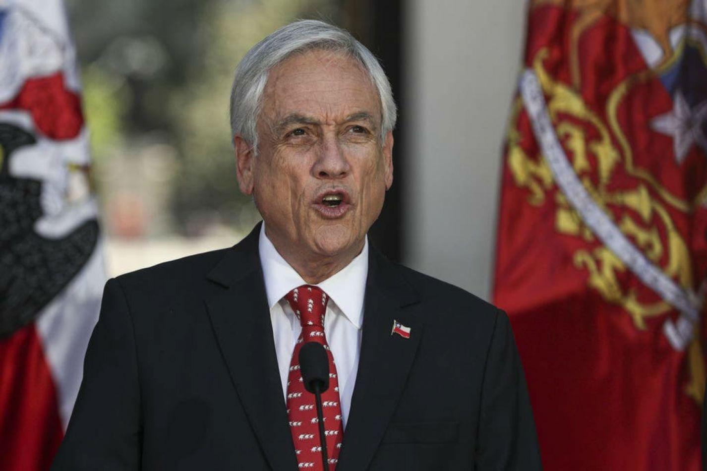 Chile, el último de una lista de países que bajaron el costo de la política