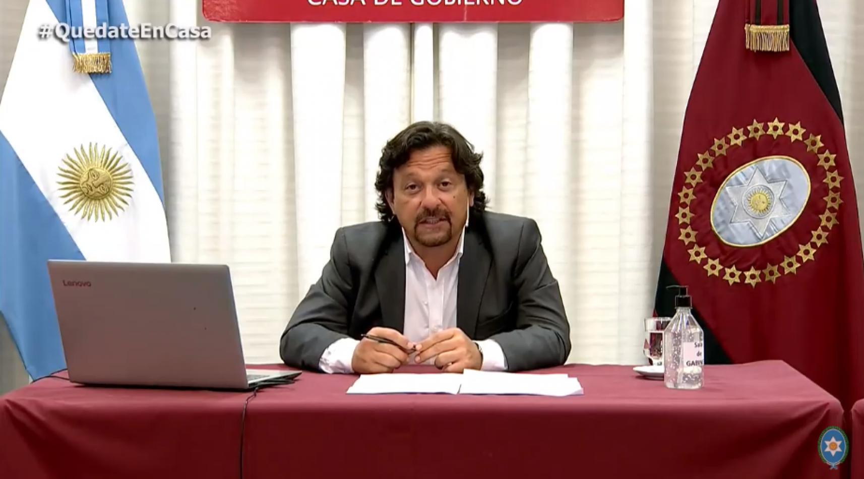 Gustavo Sáenz anunció la restricción de la circulación en ciudades de más de 30 mil habitantes con el sistema de DNI pares e impares