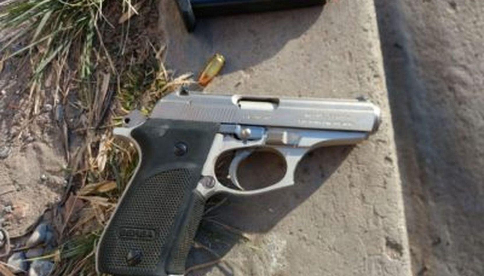 Un hombre disparó contra un kiosco luego de exigir un vuelto que ya le habían entregado
