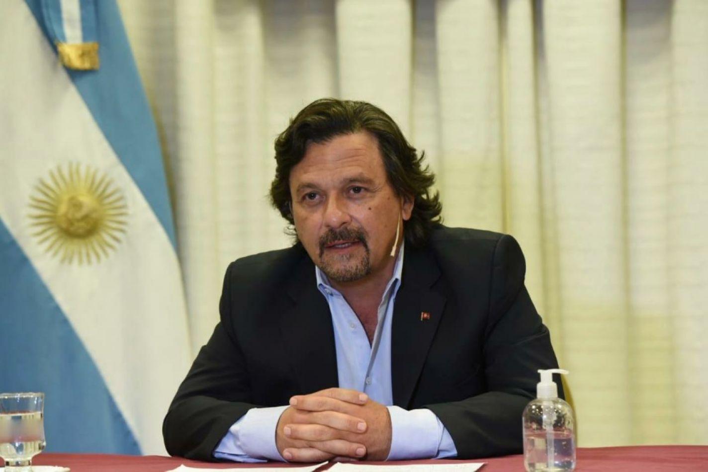 El gobernador Sáenz firmó la reglamentación de la Ley de Promoción Minera N°8164