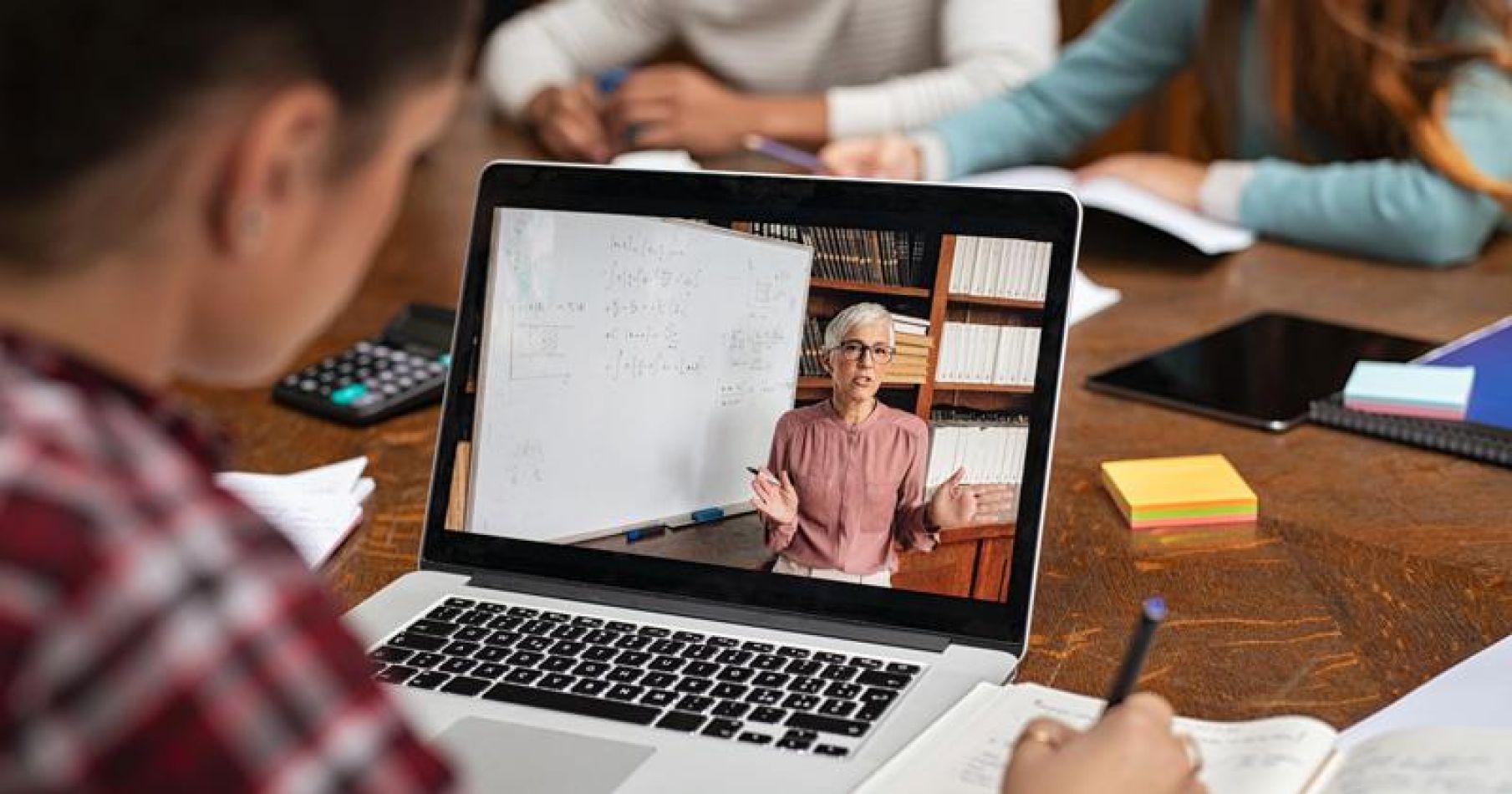 La UNSa capacitará a docentes secundarios en el manejo de tecnologías