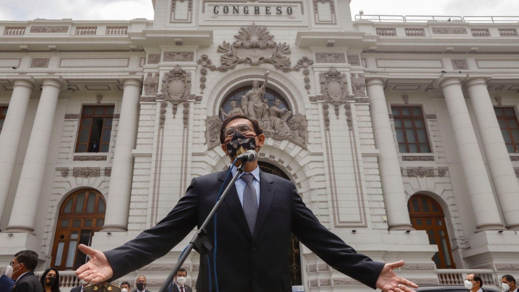 A cinco meses de las elecciones, el Congreso destituyó al presidente Vizcarra