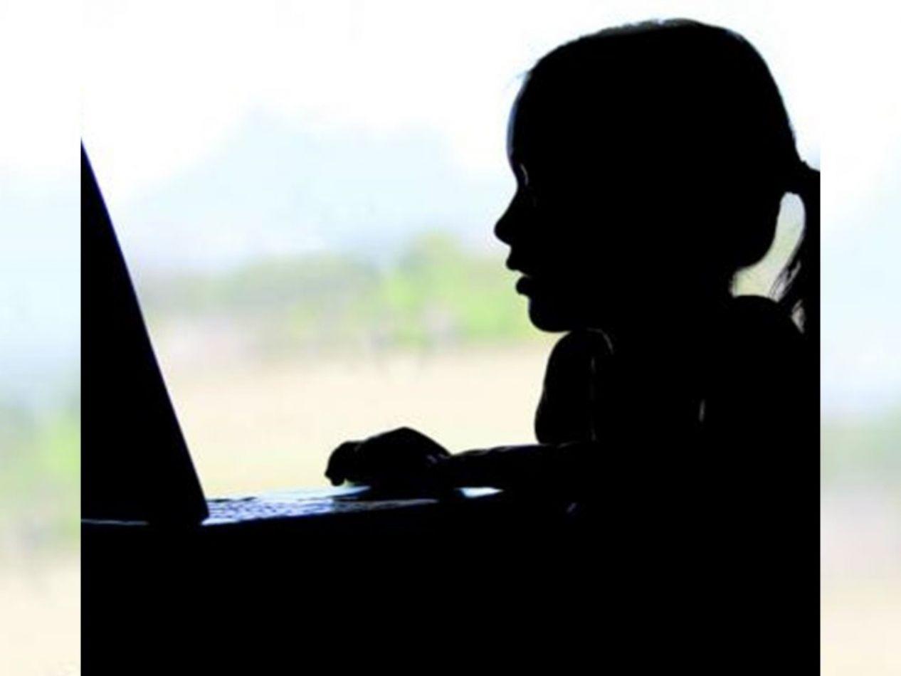 Capacitación para docentes sobre Grooming y ciberdelitos en menores