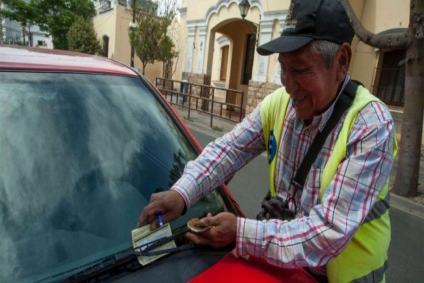 Establecieron los días y horarios para el cobro del estacionamiento medido