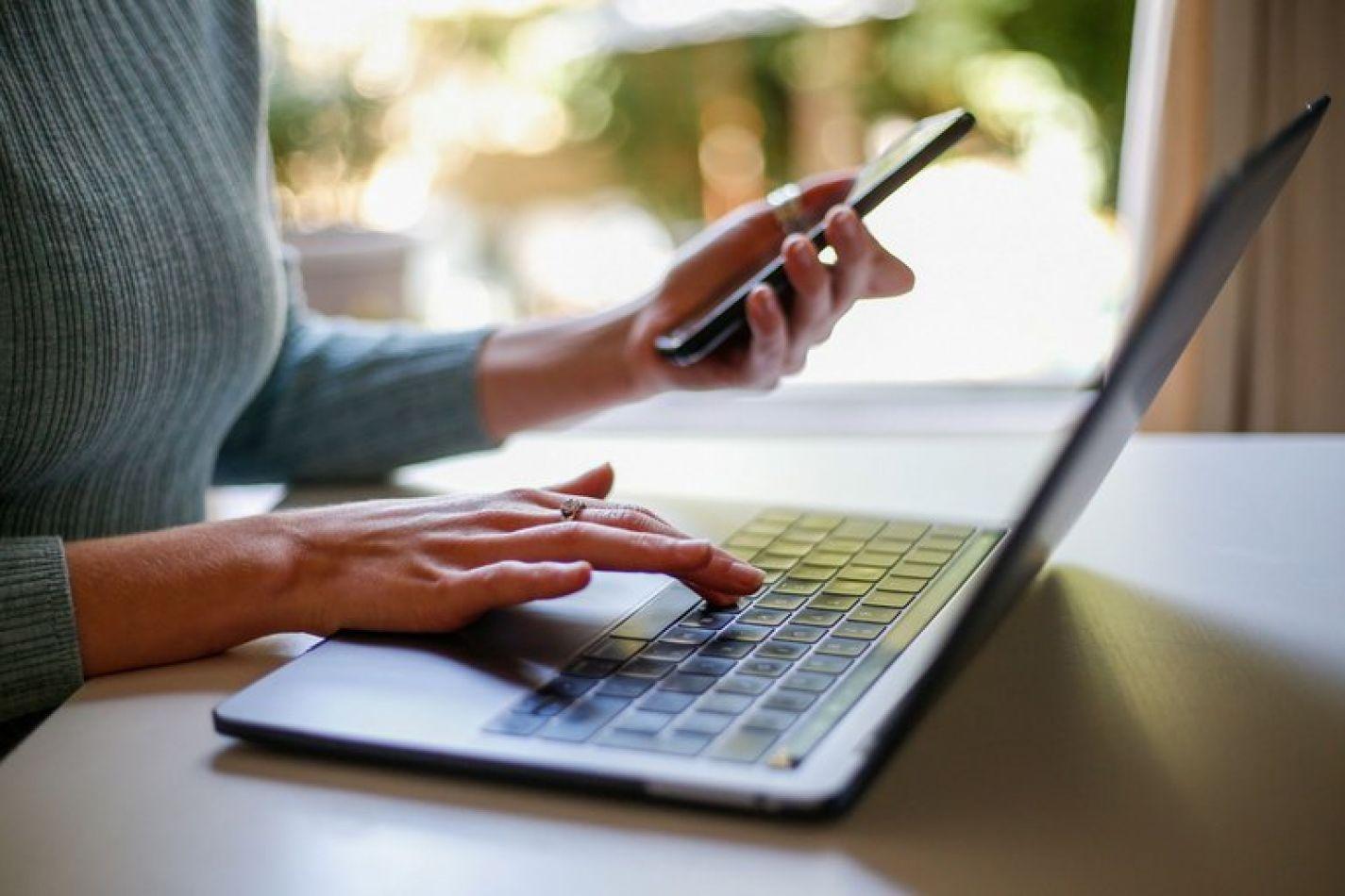 Tarifas de servicios de internet: el Gobierno autorizó un aumento en febrero para algunas empresas
