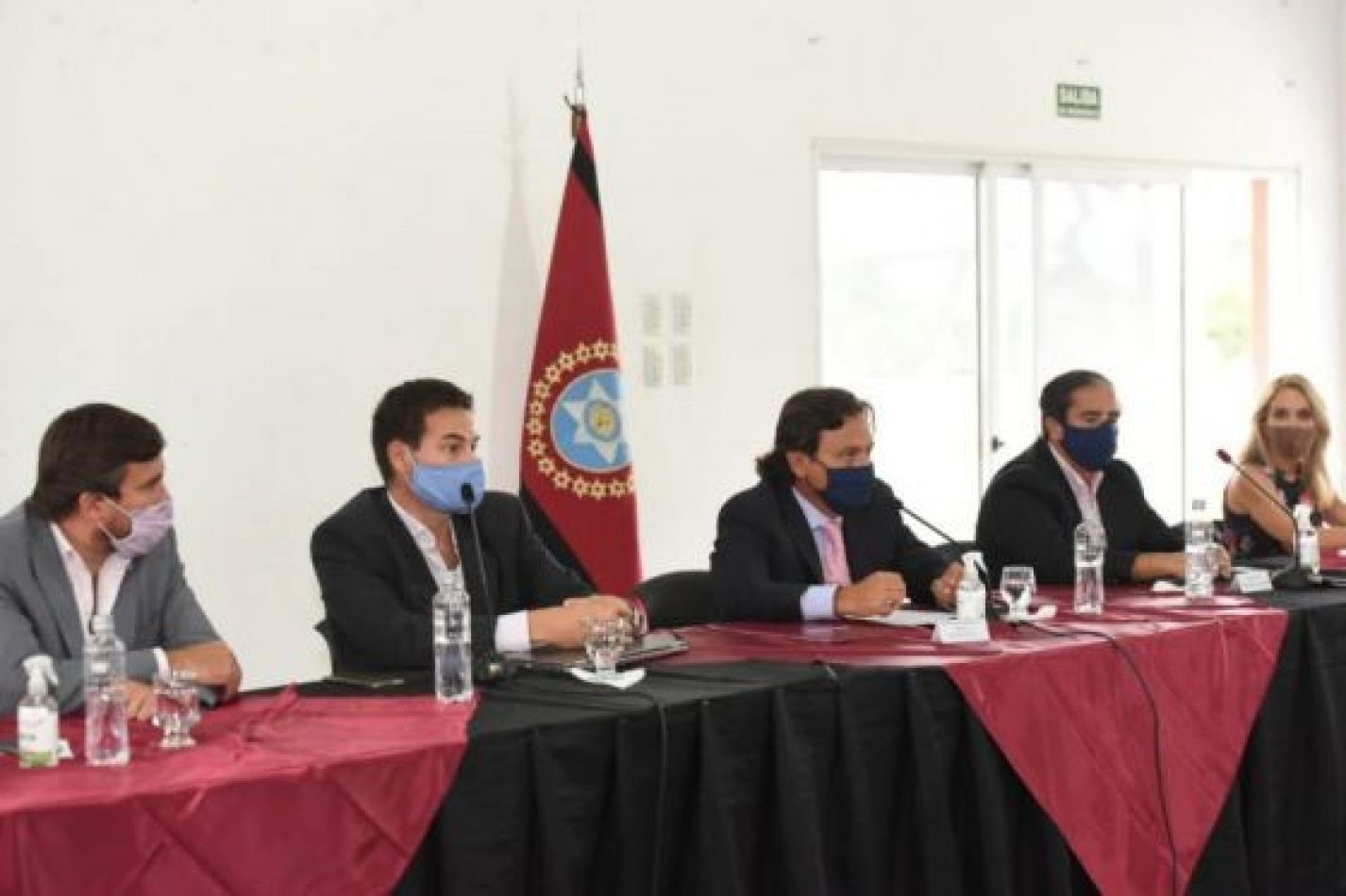 """Sáenz en el CES: """"Más producción y trabajo son los ejes de la agenda de este año para reactivar la economía"""""""