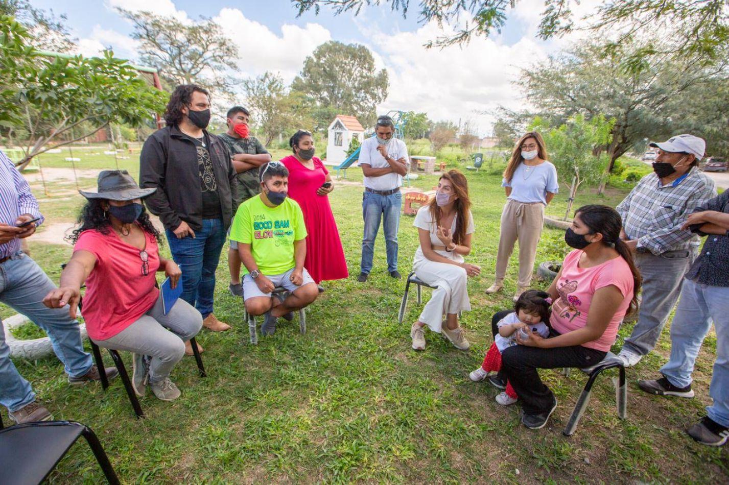 """Bettina Romero: """"Trabajamos junto a los vecinos para que la zona sudeste avance luego de años de postergación"""""""