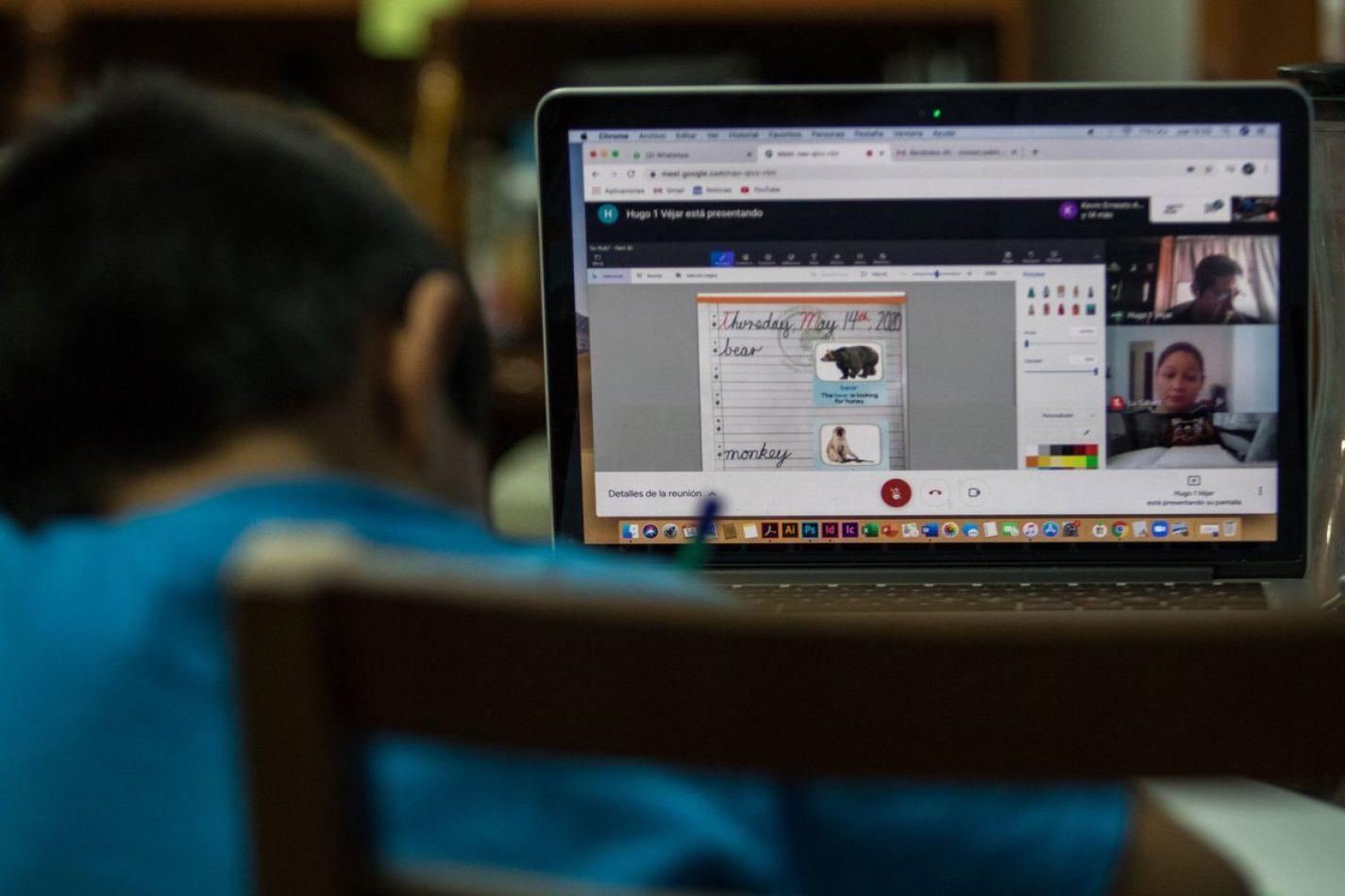 En medio del conflicto por las clases, el 67% de los argentinos piensa que los chicos no aprenden a distancia