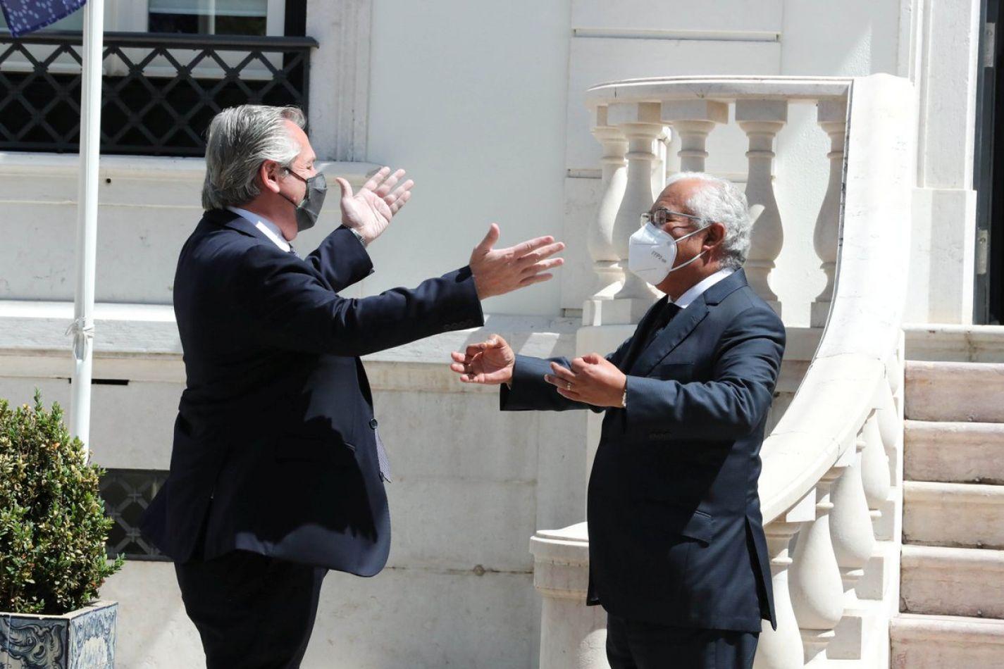 Alberto Fernández logró un fuerte respaldo de Portugal en la negociación con el FMI