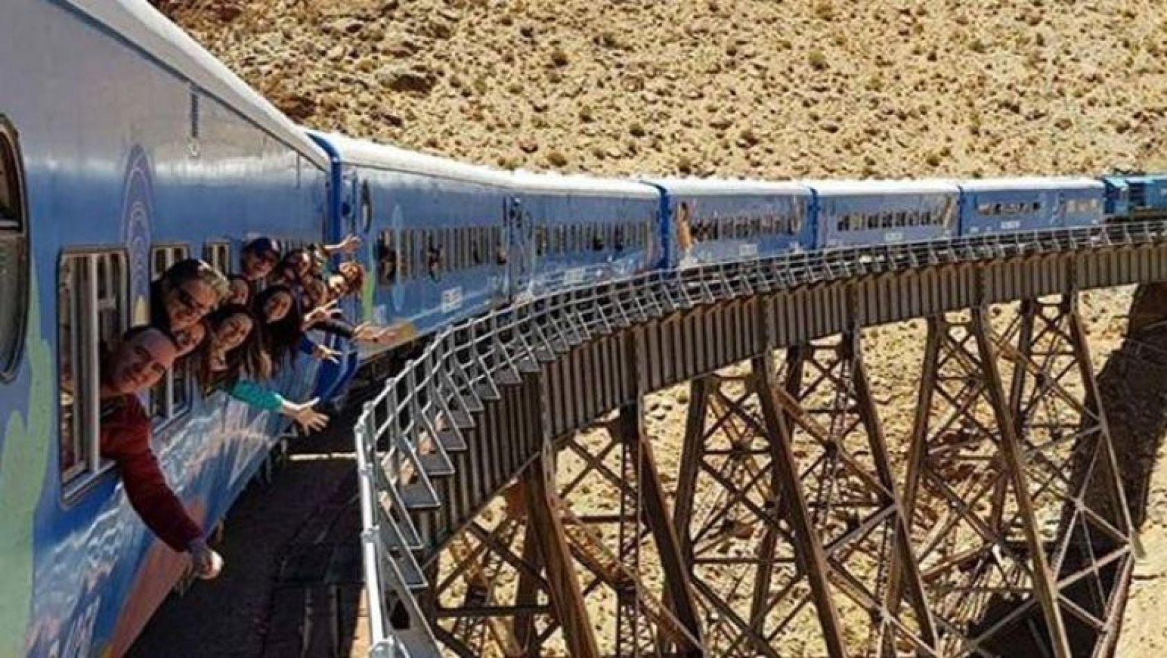El Gobierno suspenderá el feriado puente del 24 de mayo