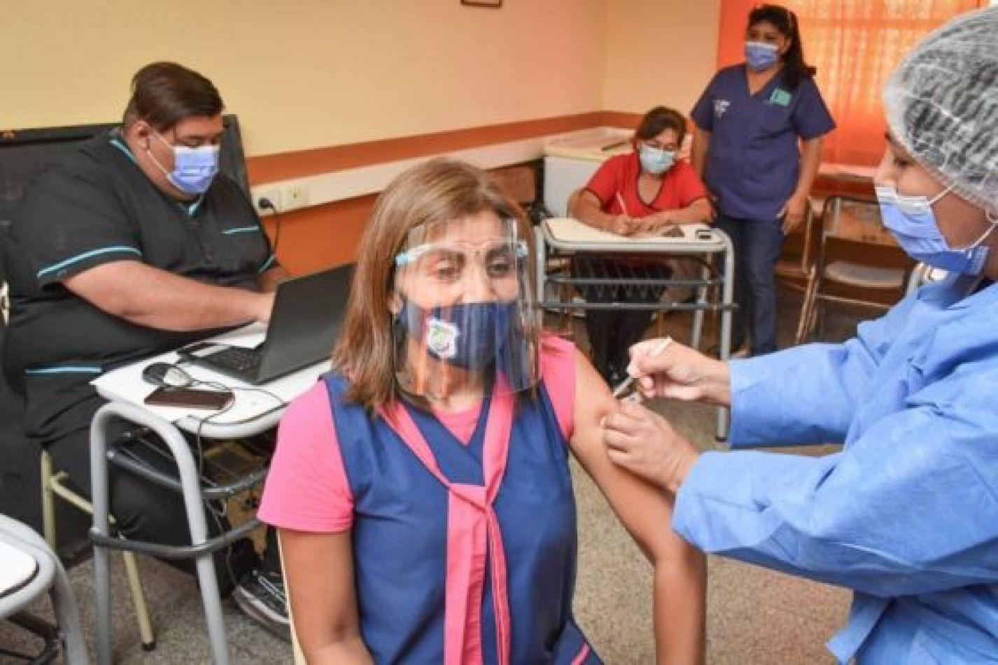 Tres de cada cuatro docentes ya fueron vacunados en Salta