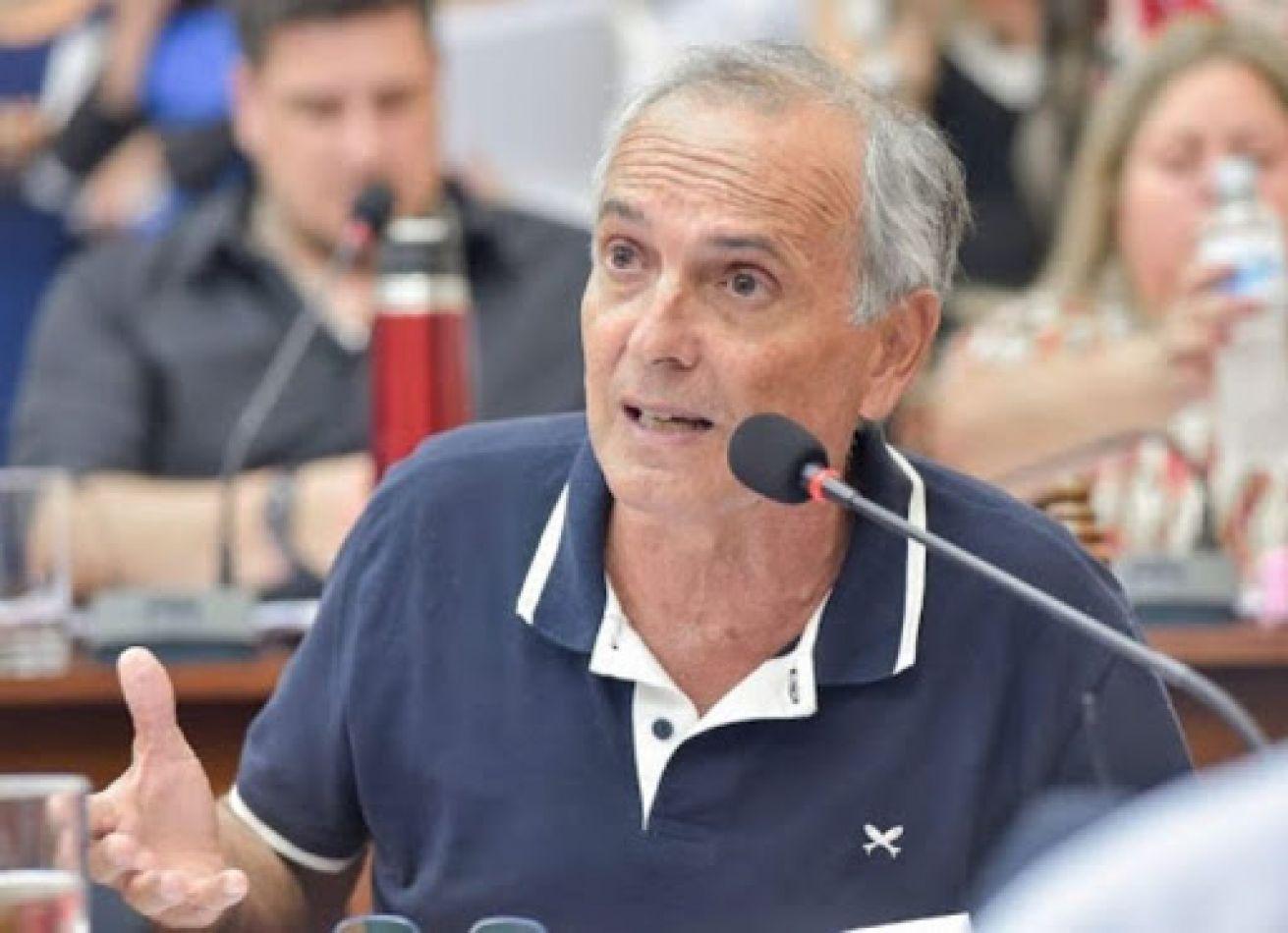 """José Gauffin: """"No hay gran cantidad de multas por las propiedades y vehículos abandonados"""""""