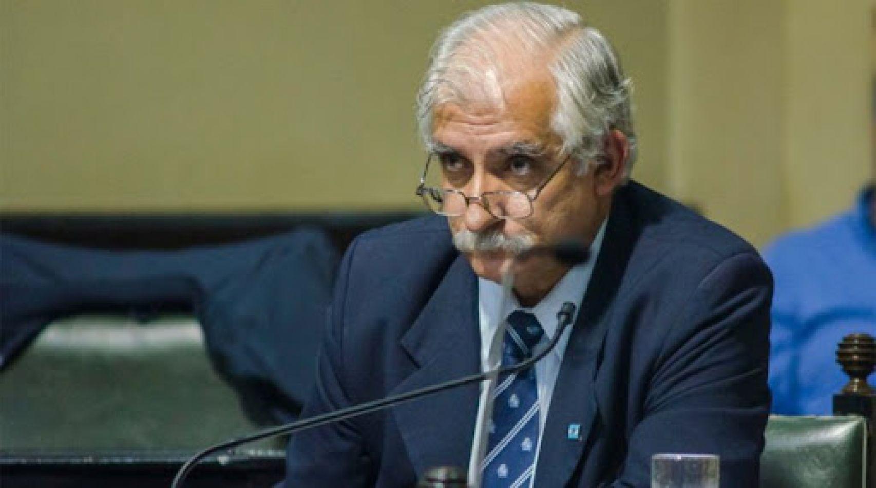 """Carlos Zapata: """"Chibán no puede pretender violar los acuerdos ni los plazos"""""""