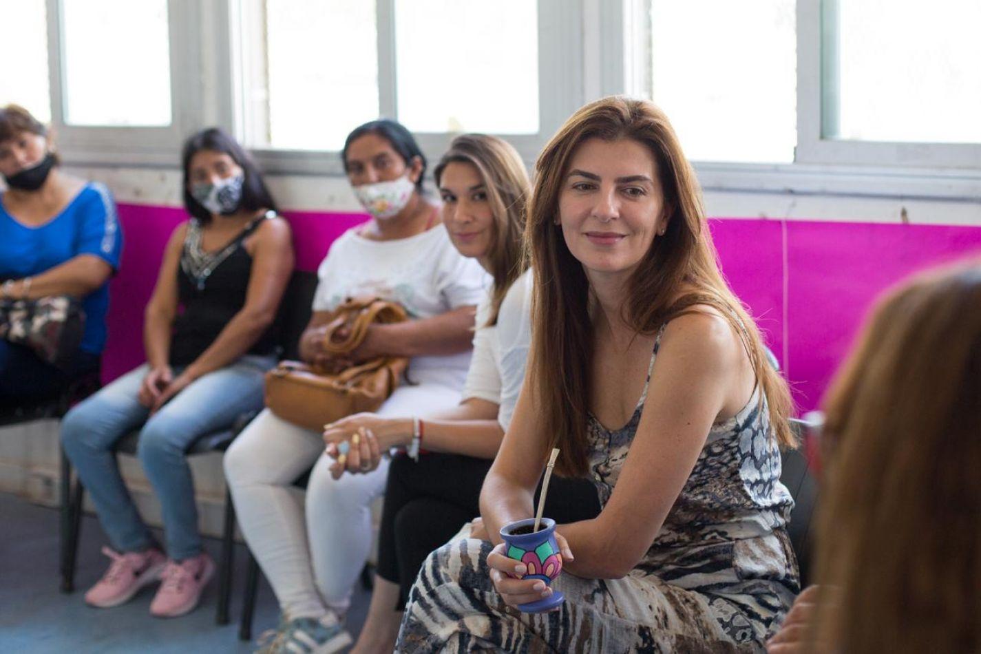 La municipalidad presentó el programa de microcréditos para mujeres emprendedoras