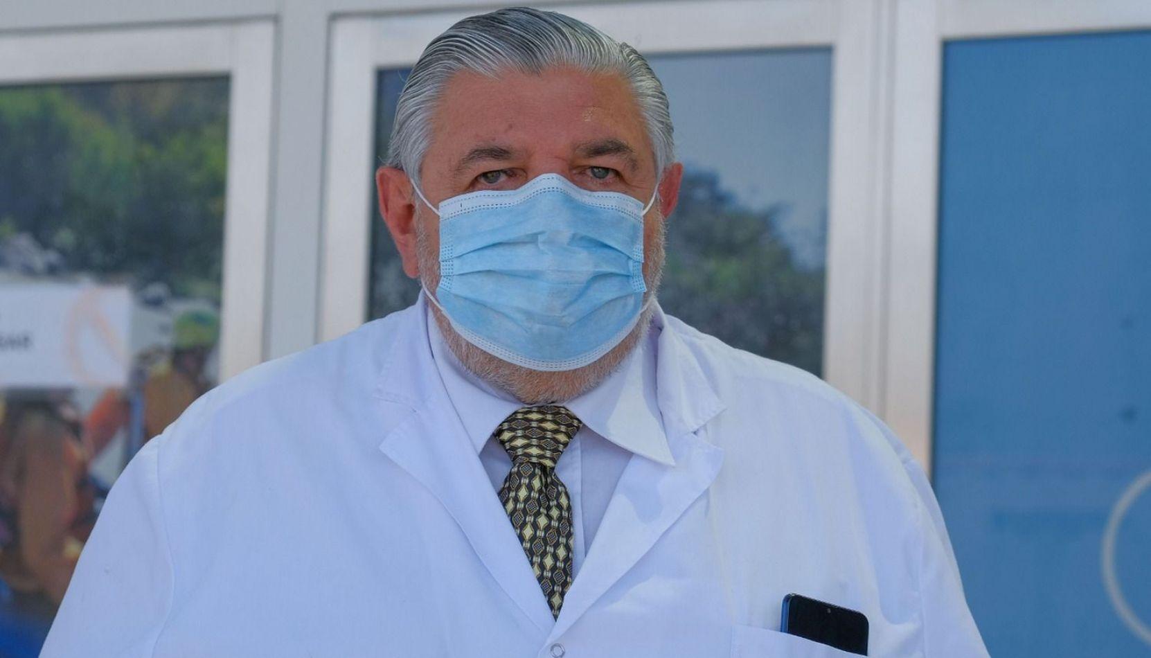 """Dr. Juan José Esteban: """"La procesión va a ser complicada, pero apelamos a la responsabilidad ciudadana"""""""