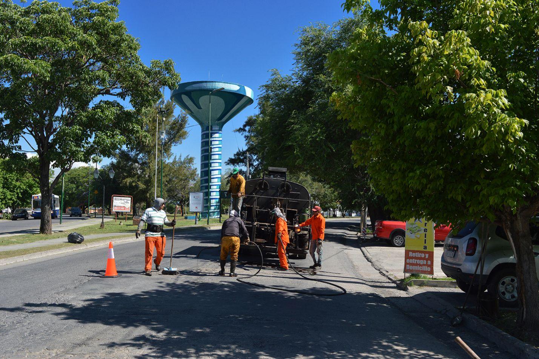 Con varios frentes de obra siguen las reparaciones de calles en la ciudad