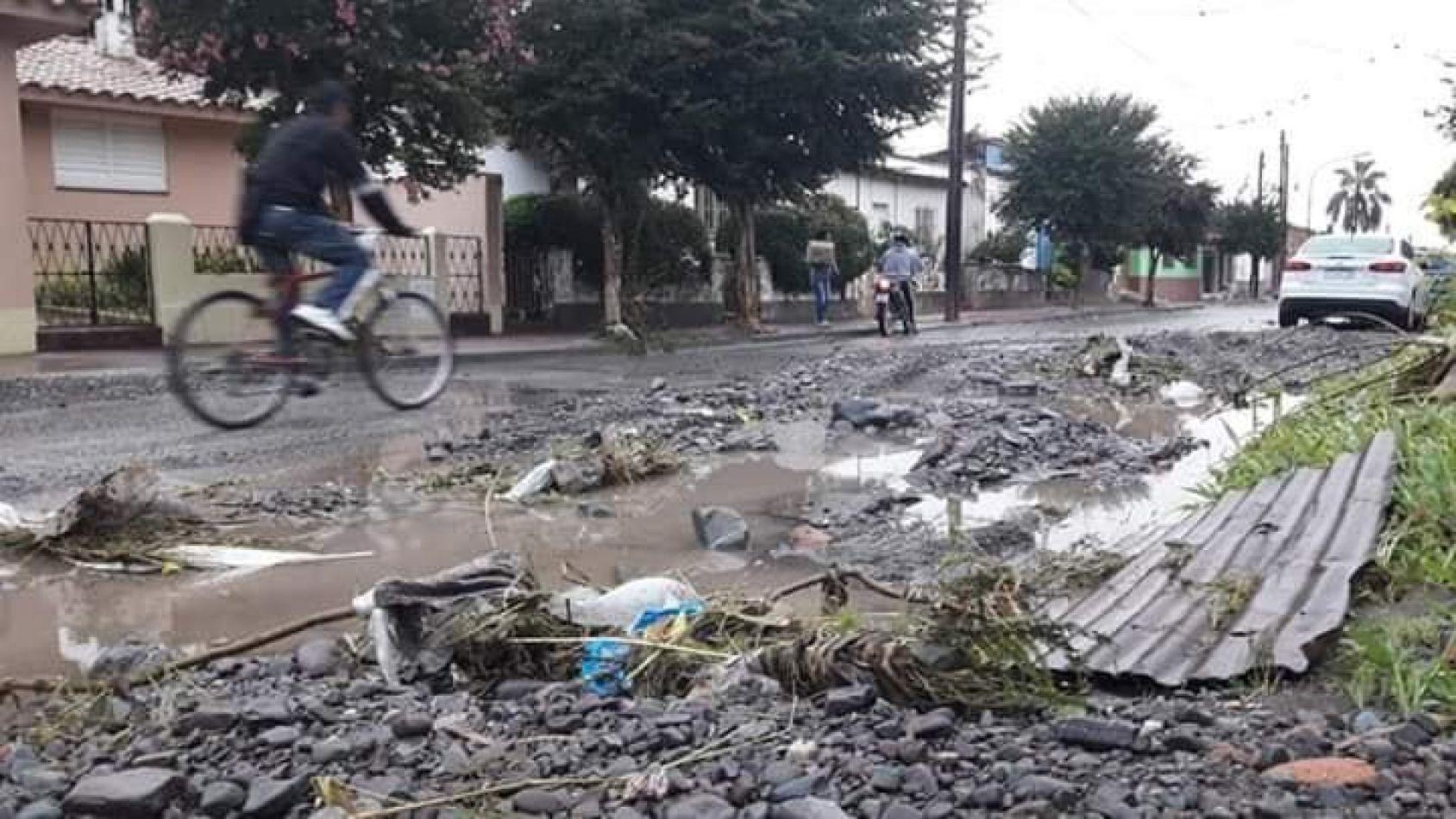 Advertencia: sigue el alerta meteorológico y hay varios cortes de ruta en Salta