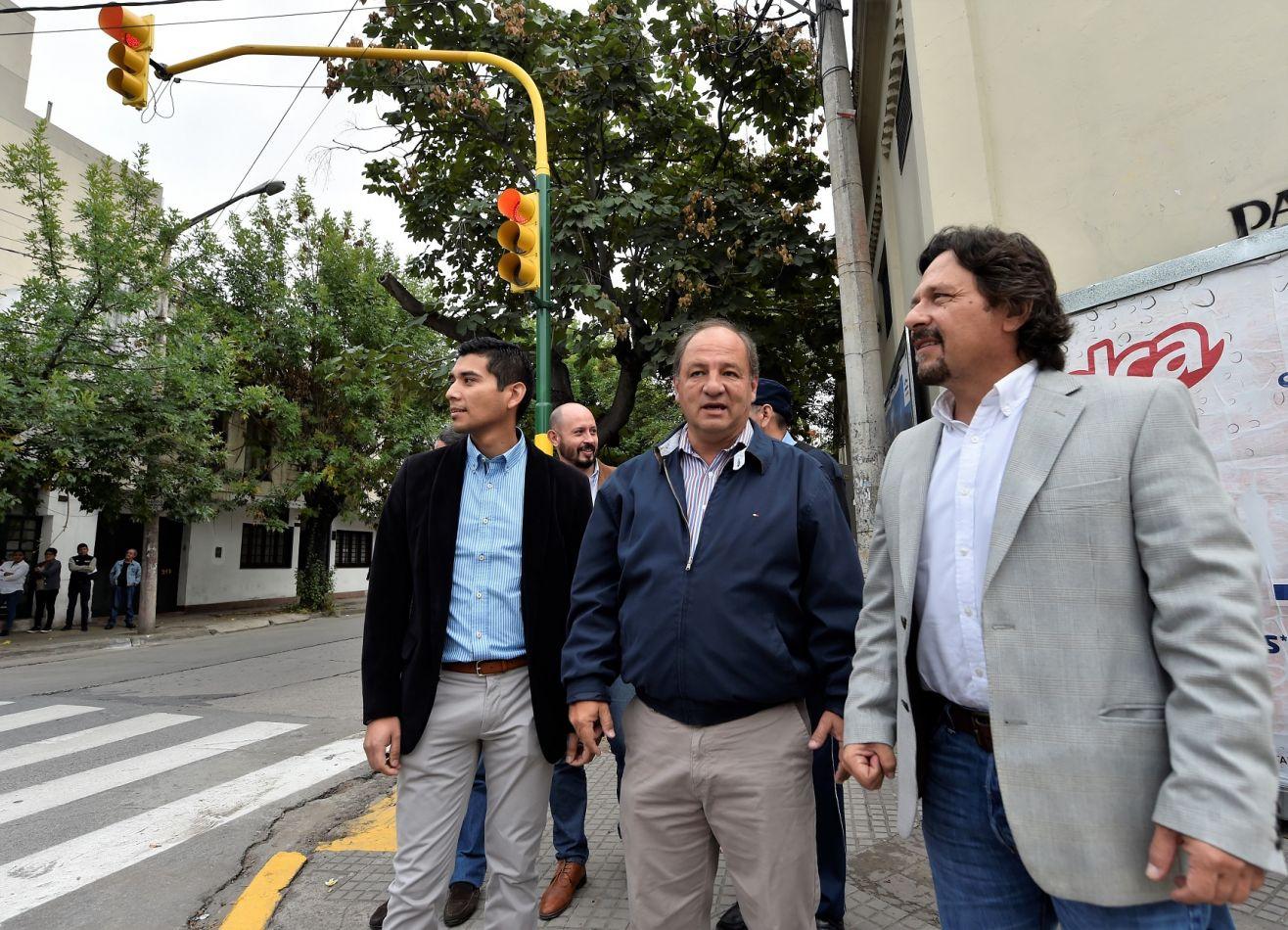 Sáenz habilitó los semáforos de Leguizamón y Adolfo Güemes