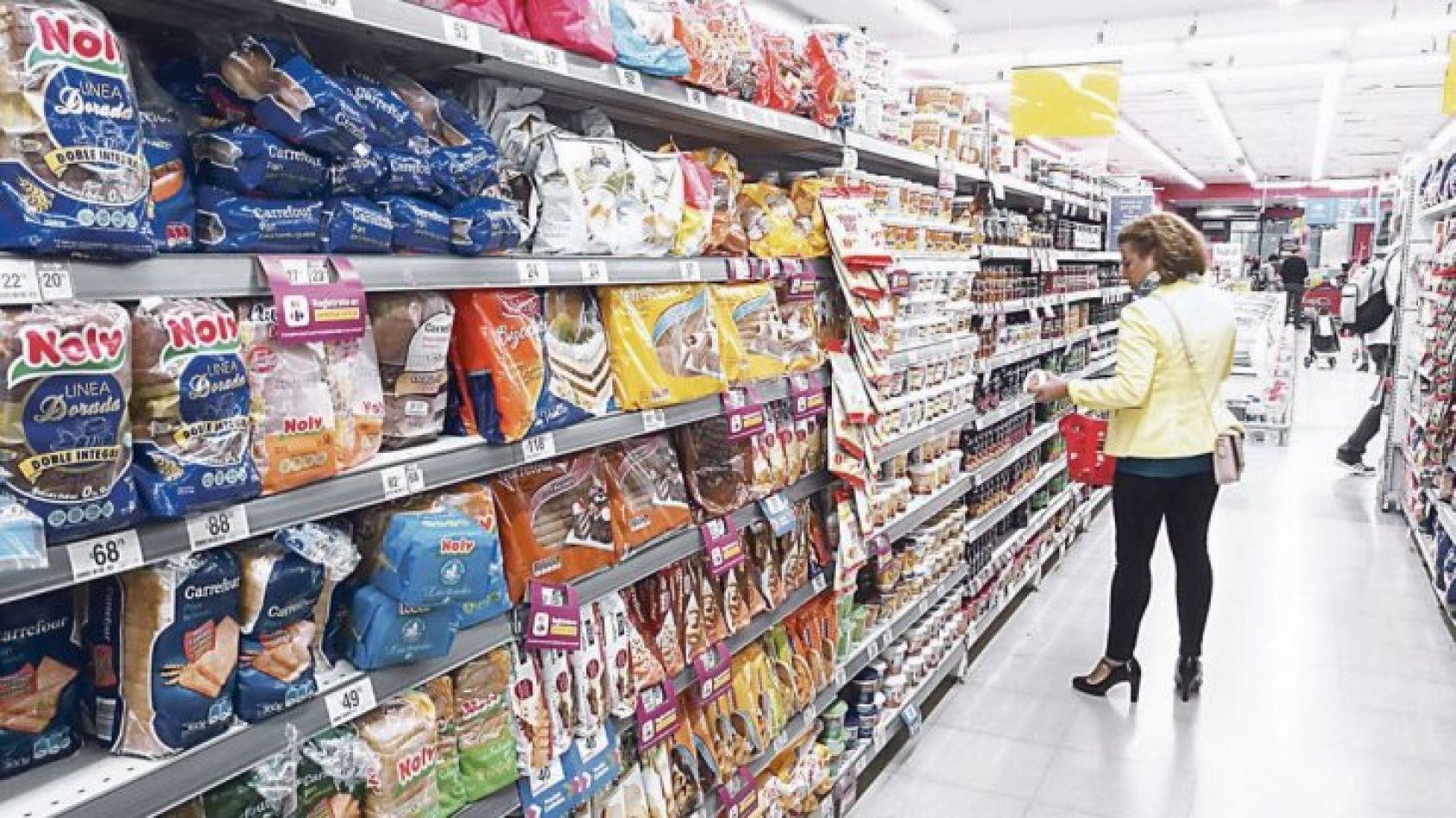 Supermercadistas dudan del plan del Gobierno para congelar precios de los alimentos
